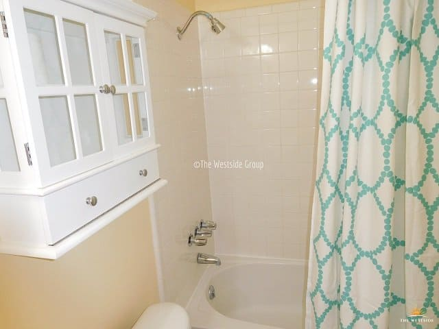 bathtub and vanity furniture