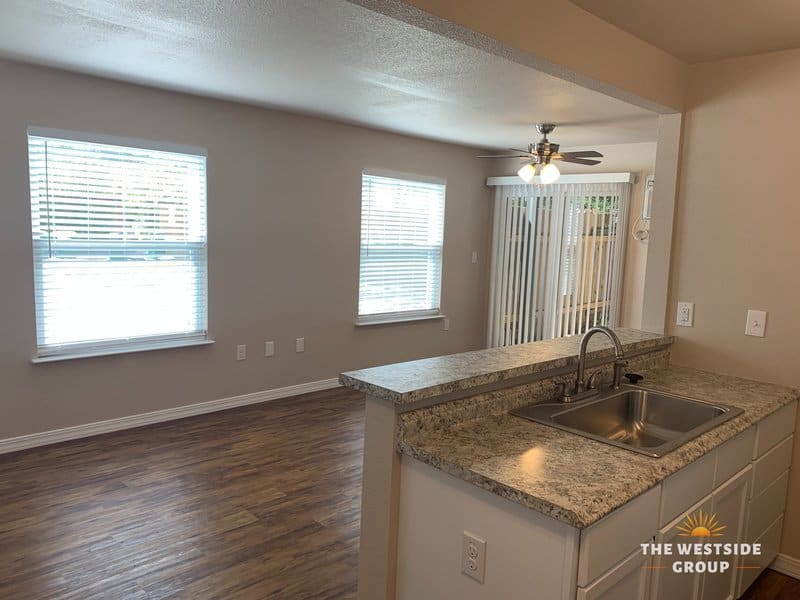 studio apartments in clarksville