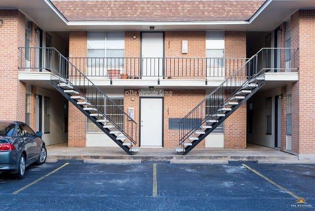 hyde park austin apartments