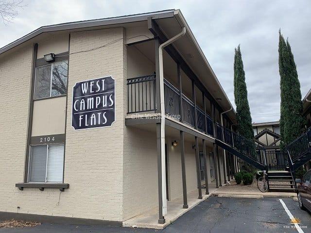 2 level floor apartment units in west campus